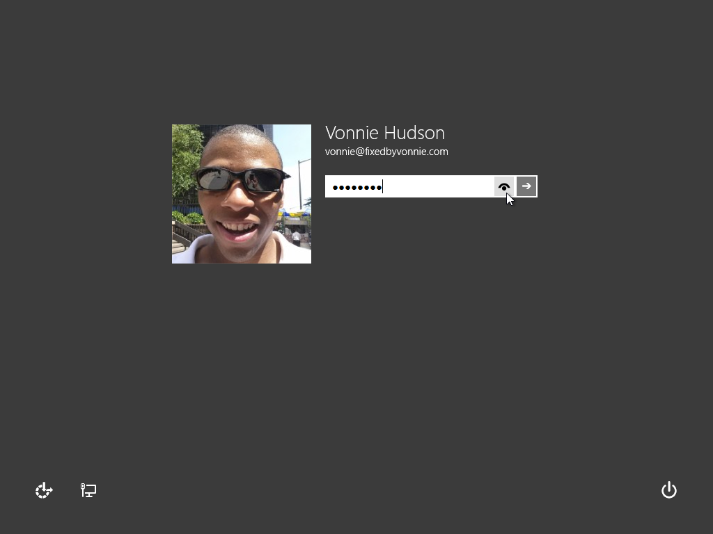http://fixedbyvonnie.com/wp-content/uploads/2013/09/fixedbyvonnie-windows-8-1-login-screen.png